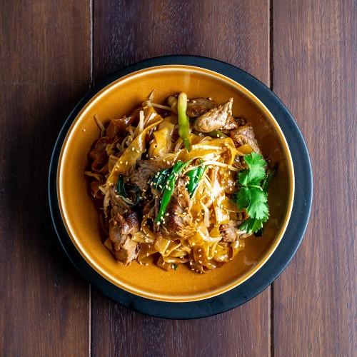 Pad thai: salteado con ternera en salsa de soja